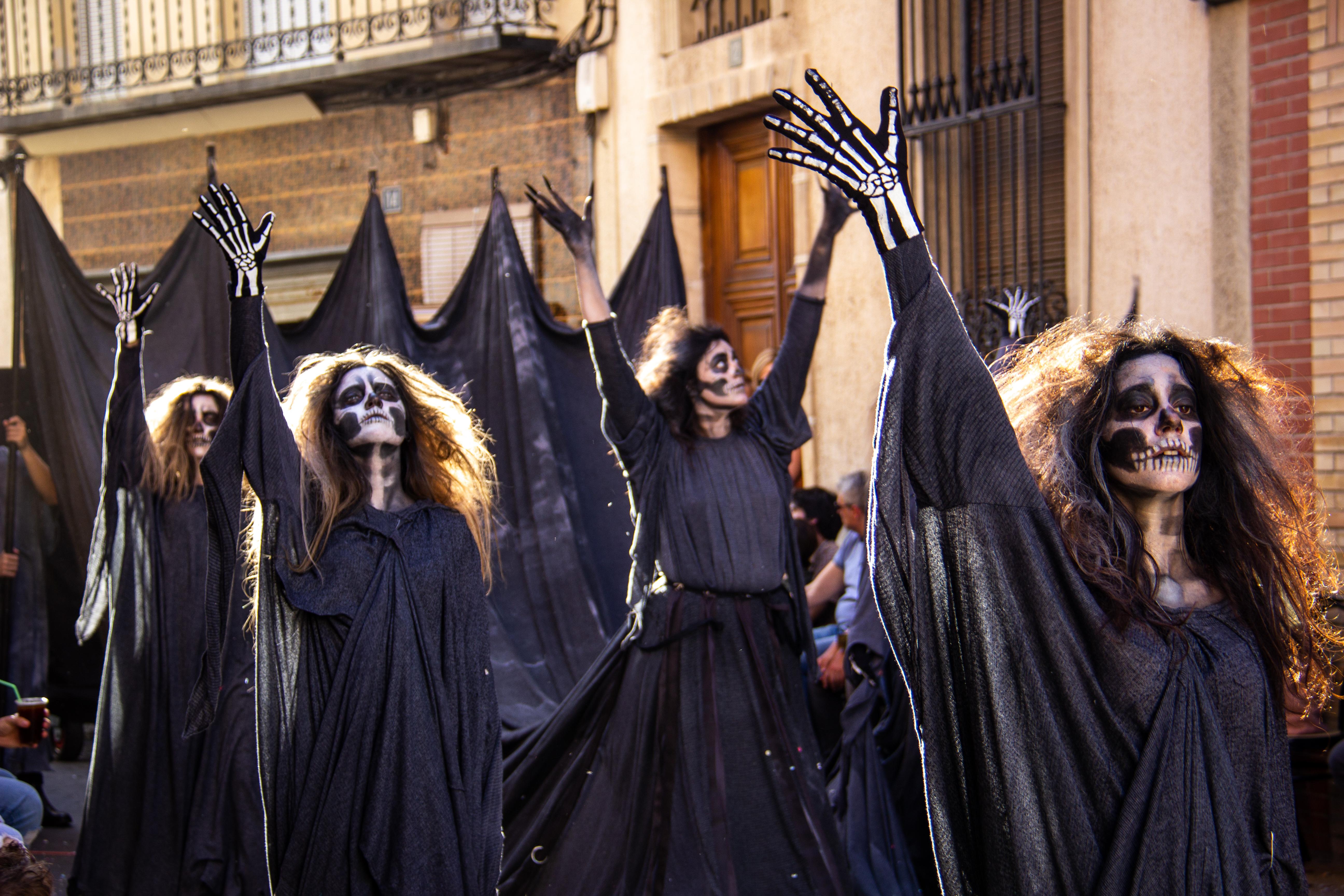 "Ballet ""La Muerte"" 12"